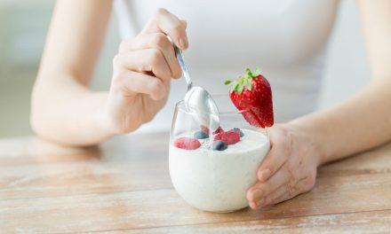 O que comer antes e depois de praticar exercícios físicos?
