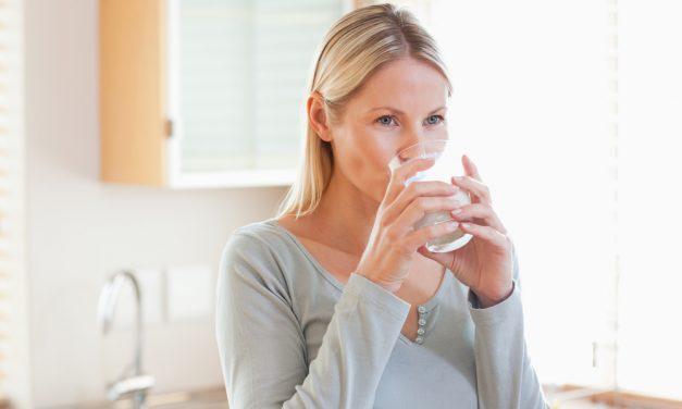 Hidratação: veja quais são os riscos da desidratação e como evitá-la