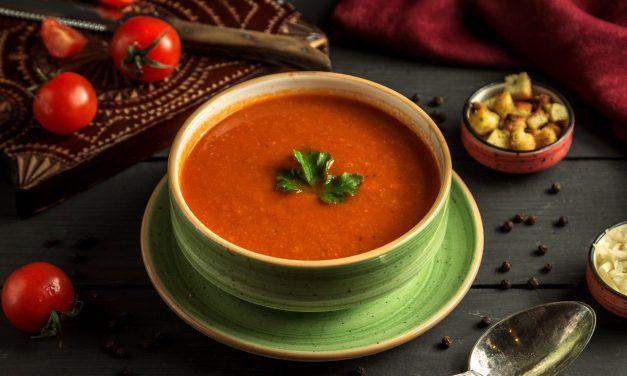 Receita de Sopa de Tomate Fácil